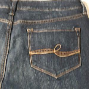 Ladies jeans 14..curvy straight